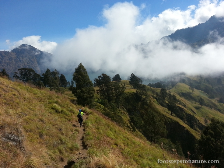 2.20pm – Approaching the Crater Lake; One of the happiest moments of this trip aside from reaching the summit of Mt Rinjani, we could finally rest for the day